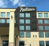イリノイ州シャンバーグに Radisson Hotel Schaumburg が新規開業しました